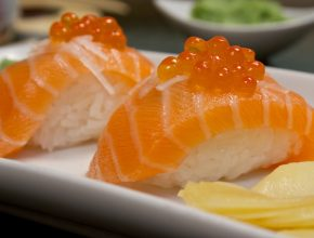 Salmon Royal nigiri